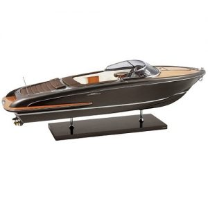 Iseo Model Boat