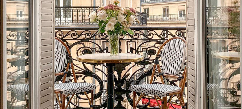 Balcony Furniture_Banner
