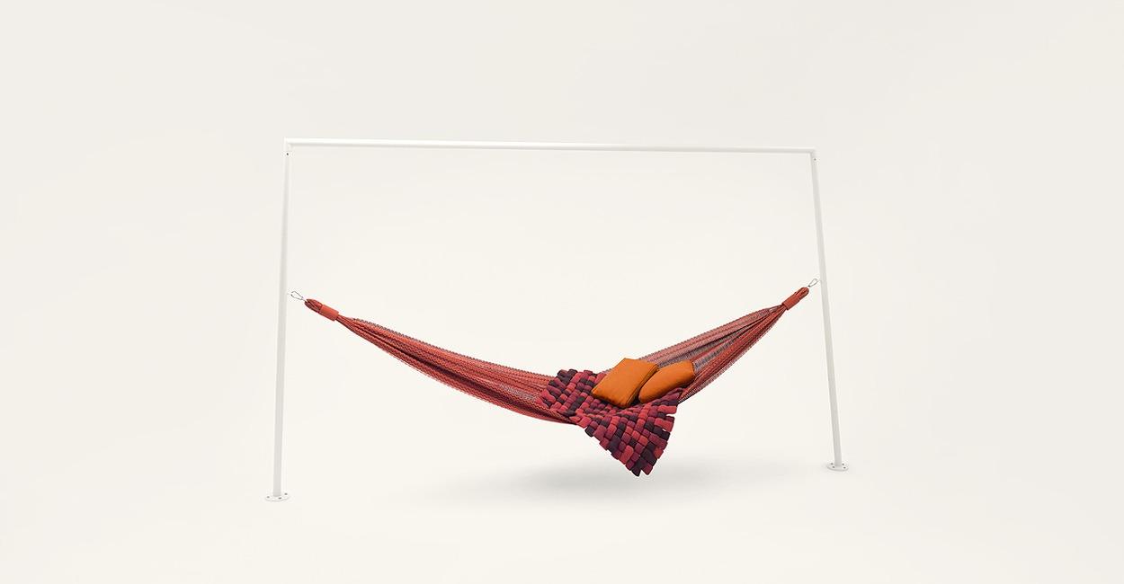 Indoor Swing_3 Hammock Style_Paola Lenti (Italy)