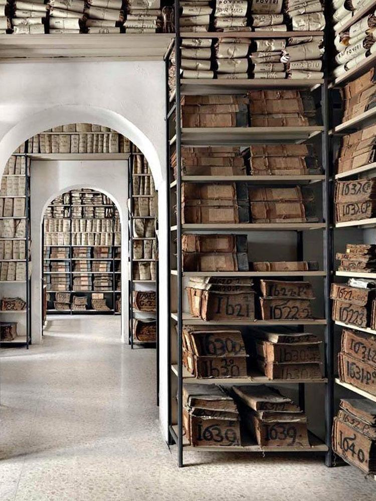 Book Shelf Decor_Story Image_3