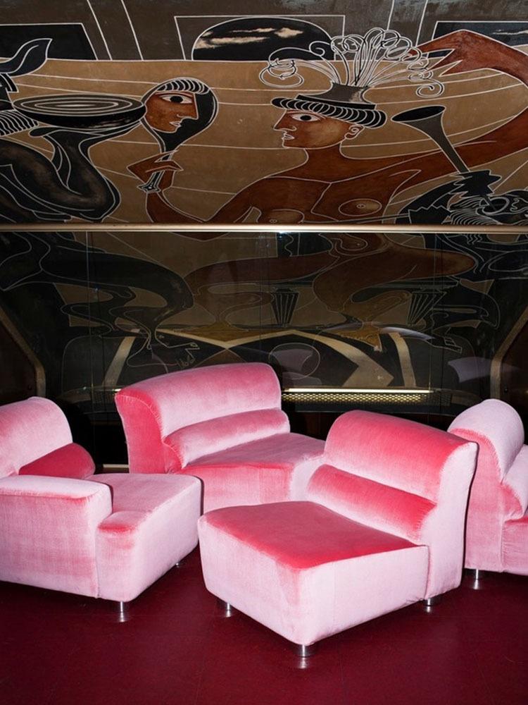 The Velvet Sofa_Story Image_1