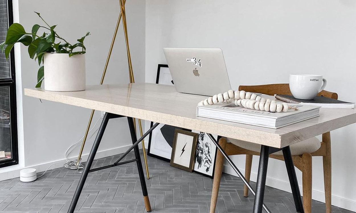 Desk Decor_4 DESK DECOR FOR THE TECHIE