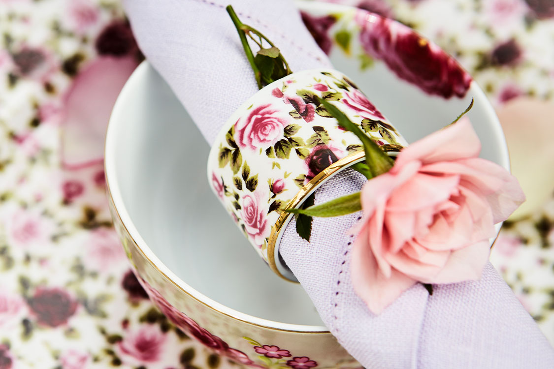 Napkin Rings _ Holding_Featured Image