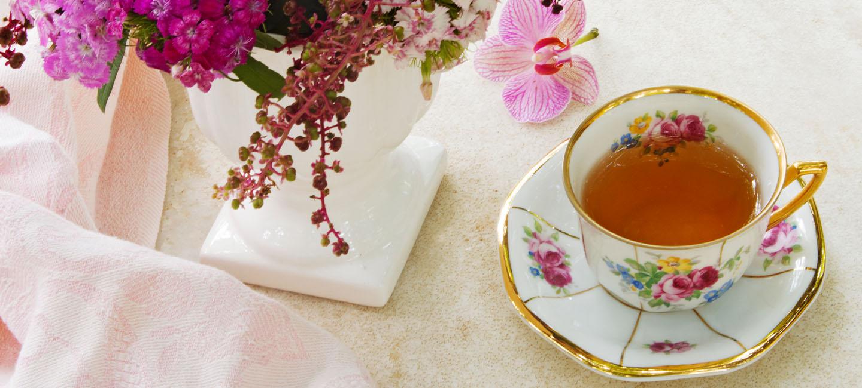 Tea Cups _ Holding_Hero (Holding) Image